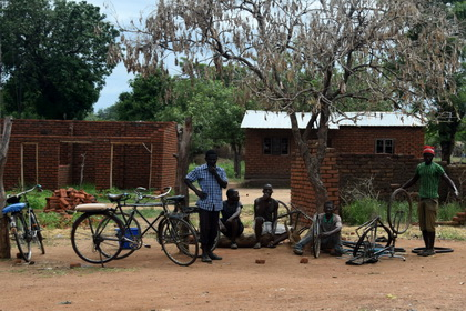 Bycicle workshop in Malawi