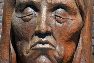 2018 05 USA canada 001 wood sculpture